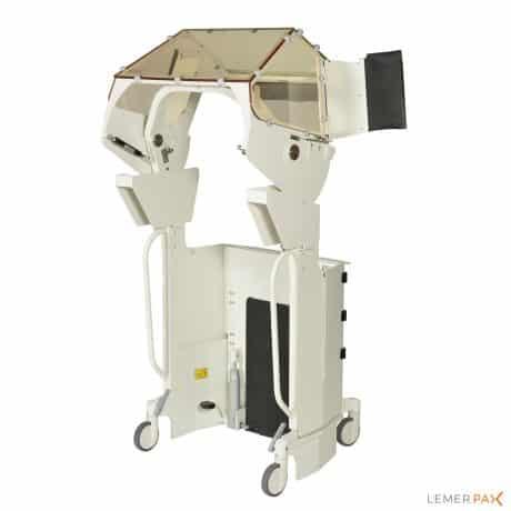 Cabine de radioprotection pour interventions sous fluoroscopie, vue arrière, cabine ouverte