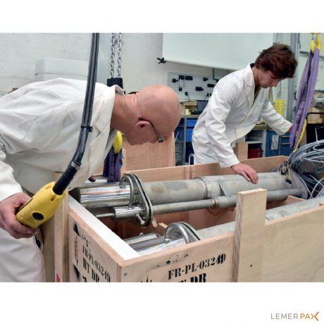 La pompe de transfert CPR20 permet le dosage et le transfert de produits radioactifs.