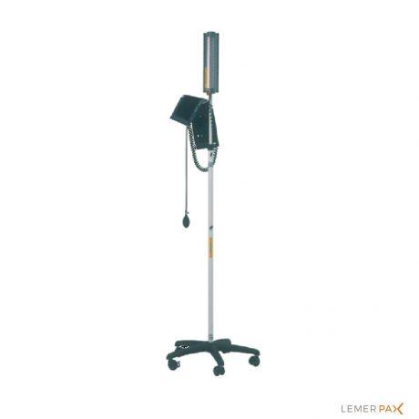 Tensiomètre amagnétique réglable en hauteur dédié aux salles de radiologie IRM
