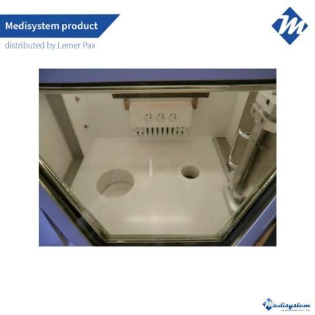Shielded hot cell Medi 2000 2R