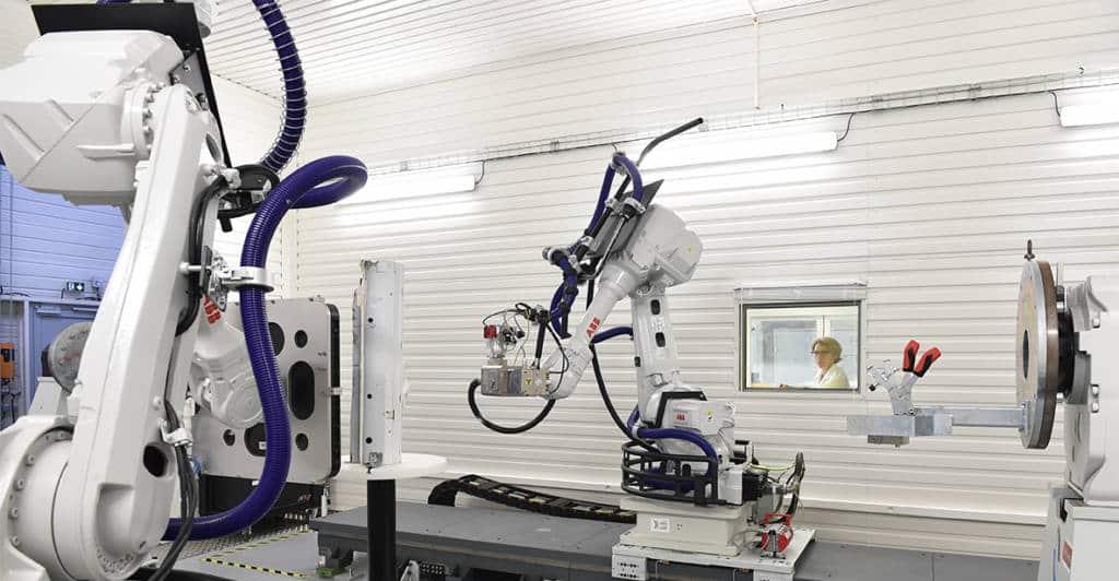 Robot-controlled X-ray tomography non-destructive testing (NDT) platform - CEA Tech, Pays de la Loire, France